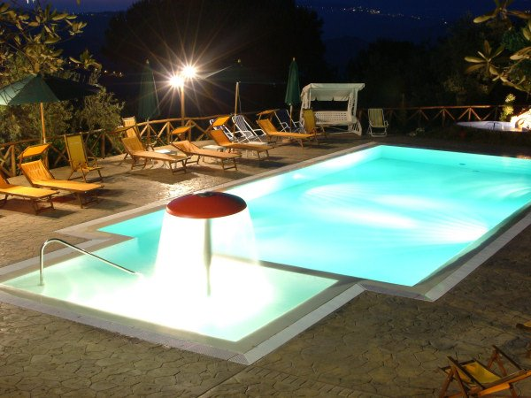 Agriturismo i fornari - Agriturismo in campania con piscina ...